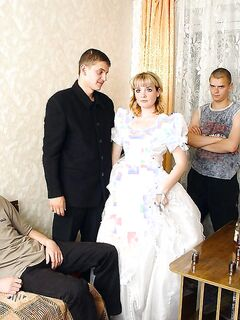 На свадьбе гости со стороны жениха отодрали даму невесты