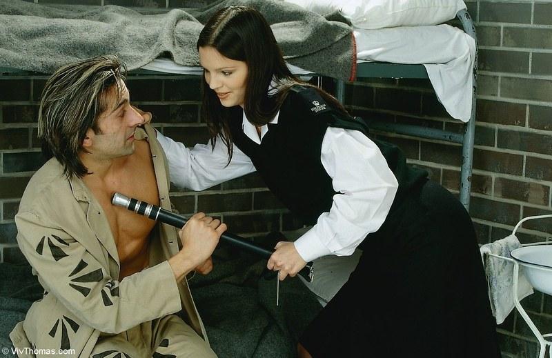 Поимел монашку прямо перед смертной казнью