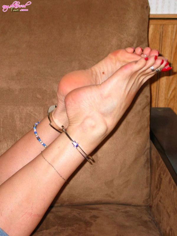 Женские ступни как они есть