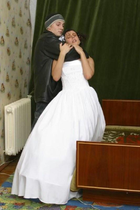 Оператор остался и на брачную ночь