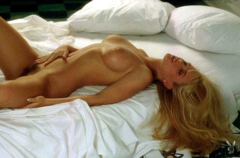 Сексуальная линия женского тела