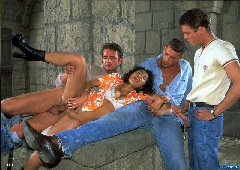 Не равные силы в групповом сексе