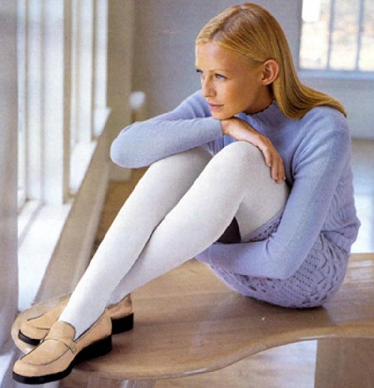 Соблазнение стройными ножками